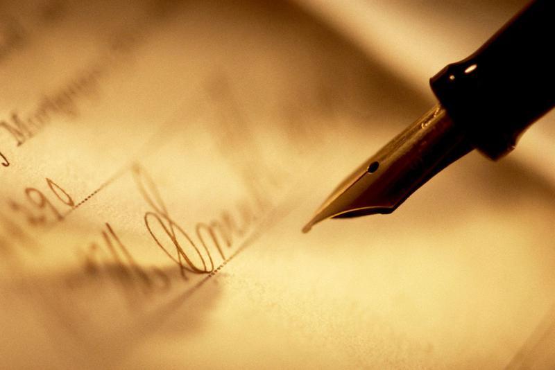 Чем выше у человека интеллект, тем быстрее он думает и тем более неразборчивый у него почерк.